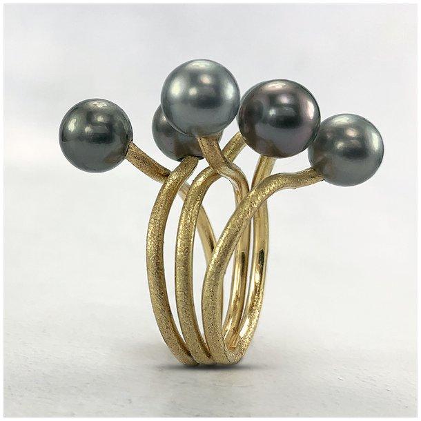 Medusa ring med tahiti perler