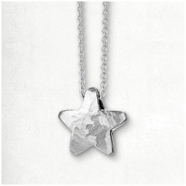 Halskæde med massiv sølv stjerne