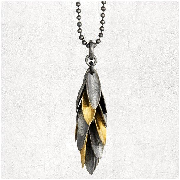 Halskæde med oxyderet sølv og guld blade