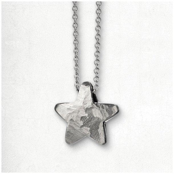 Halskæde med massiv hvidgulds stjerne
